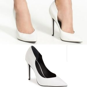 Kendall and Kylie Abi White Pointy Pumps
